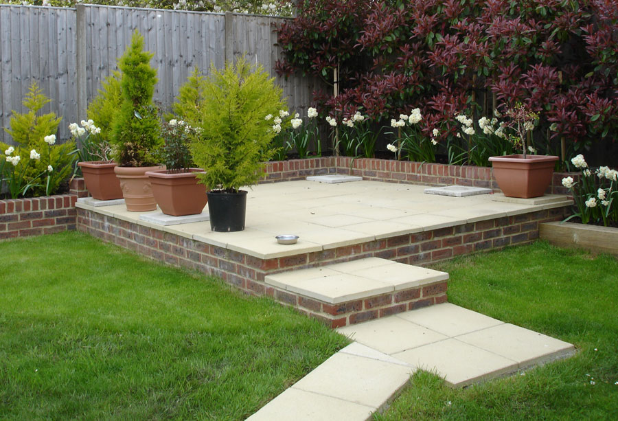Patio construction and patios design builders worthing for Garden ideas for patio areas